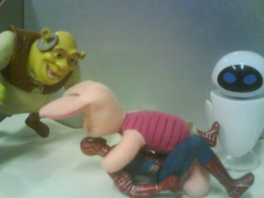 """Shrek: """"ÊÊÊHHHH HEHEHEHEH!  HEHEHEHHEHE! REEEEHHEHEHEHEH!"""""""