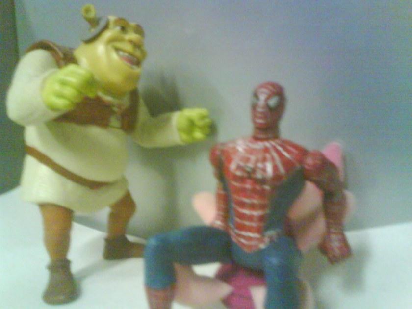"Shrek: ""VAI! VAI! VAI! Canguru perneta! Canguru perneta!"""
