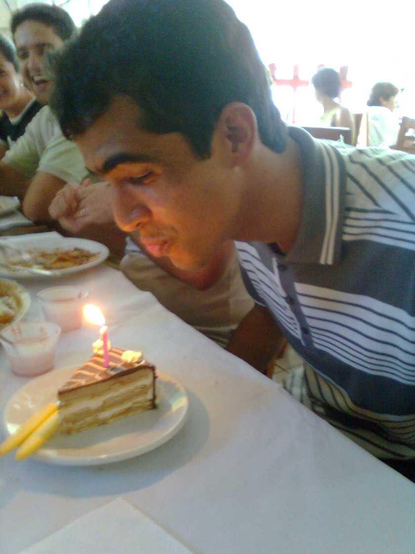 Leitão cuspindo na torta!